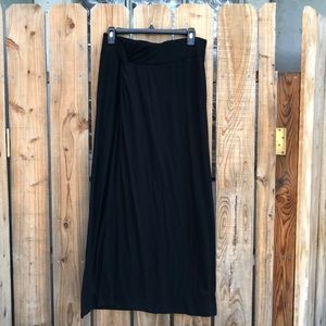 Maxi skirt with wrap knot detail